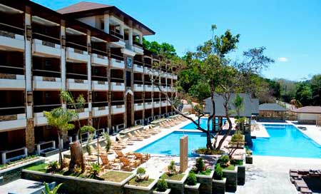 Boasting 2 Large Outdoor Swimming Pools Coron Westown Resort Is Just A 3 Minute Walk From Fernvale Vilage Palawan Guests Can Also Enjoy Free Wi Fi Access